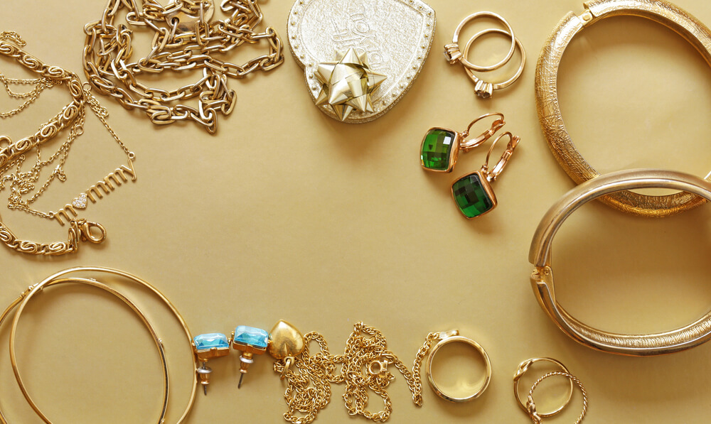 Home Insurance Policy Cover Lost or Damaged Jewelry